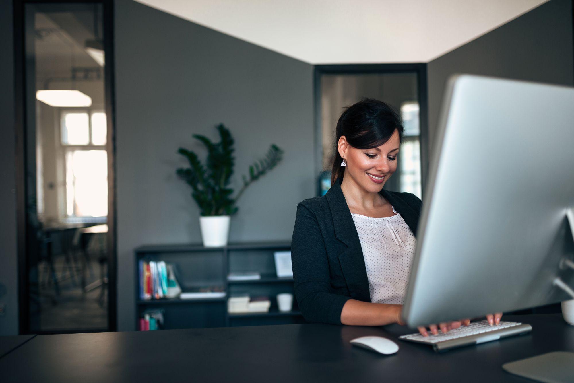 Marketing Jurídico: Advogado pode usar a internet para aumentar sua carteira de clientes?